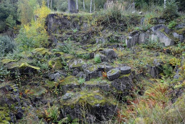 Frå dei store kvernsteinsbrota ved Mayen i Eifel (Tyskland)