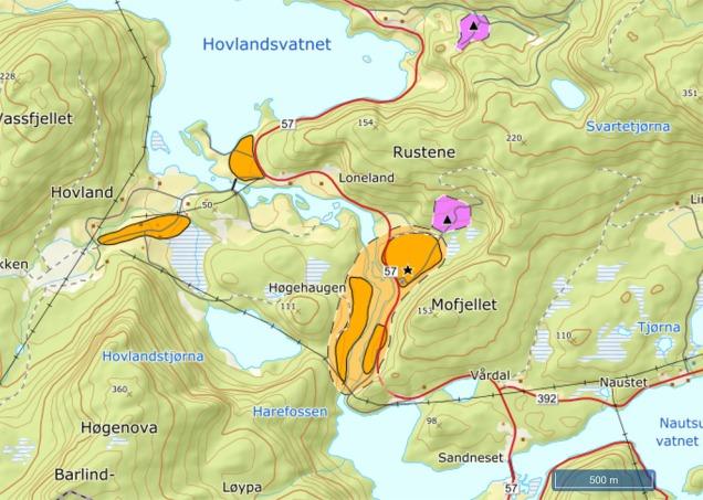Kart over sand- og grusførekomstane på Loneland. Oransje er sikker avgrensning, lys oransje er sannsynleg avgrensning, fiolett er ressursar for pukk. Kart: NGU