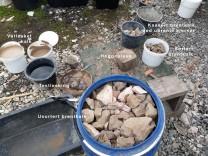 Det var mye underbrent stein og det fordret nitidig sortering, der hver eneste stein måtte kakkes opp for å sjekkes.
