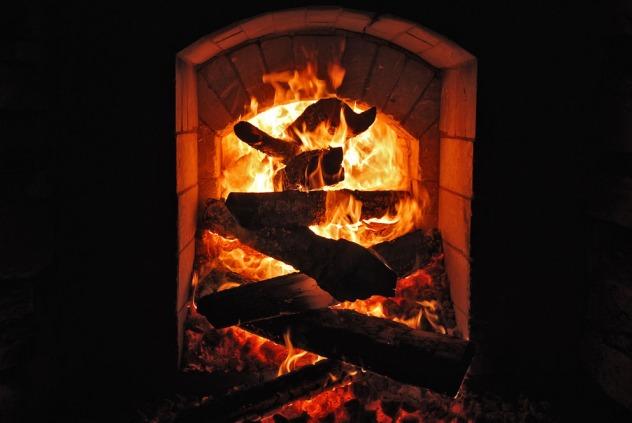 Eksperimentell og effektiv fyring. Det er ikke helt enkelt når temperaturen nærmer seg 1000 grader...