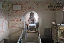 Interiøret i Moster gamle kirke er velbevart, med kalkmalerier fra 1600-tallet
